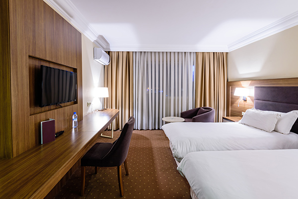 Direct Hotel Group Bookings